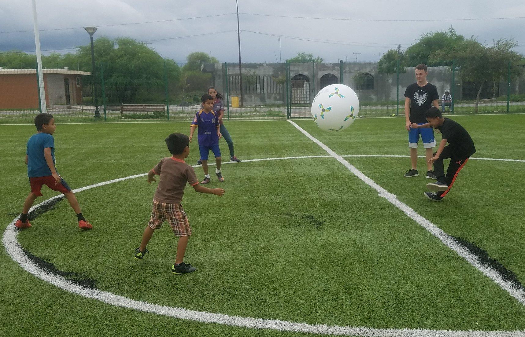 Mega Futbol!